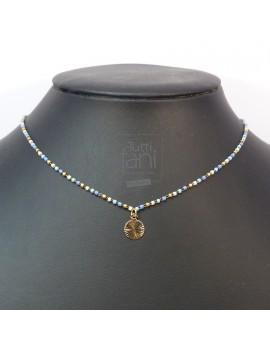 Collier chaine perlée bleu et pendentif doré