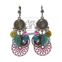 Boucles d'oreilles colorées, breloques et estampes